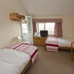 2 Singles Bedroom